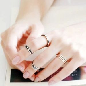 Antique Silver Floral Stacked Midi Ring Toe Ring